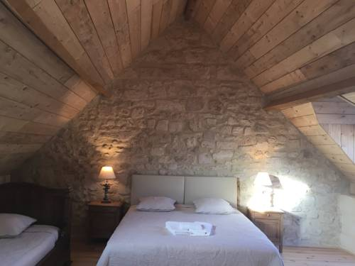 Casa La Palma II COURMELLETTE : Guest accommodation near Noyant-et-Aconin