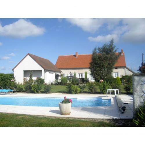 Chambre Heloise : Bed and Breakfast near Bransat