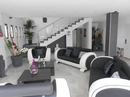 Résidence Des Thermes : Apartment near Cazaubon