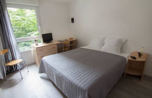Apparthotel Pythagore Grande Arche : Guest accommodation near Nanterre