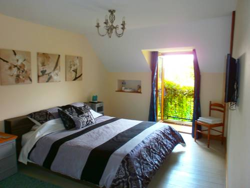 Le Chesnot Le Mont St Michel : Bed and Breakfast near Sacey