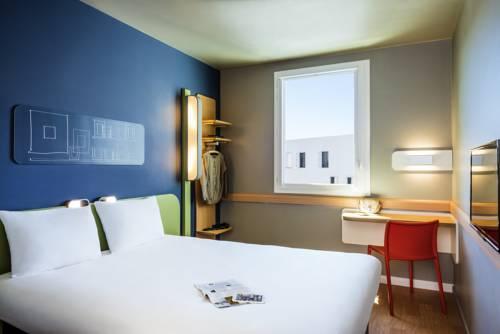ibis budget Saint Quentin Yvelines - Vélodrome : Hotel near Saint-Cyr-l'École