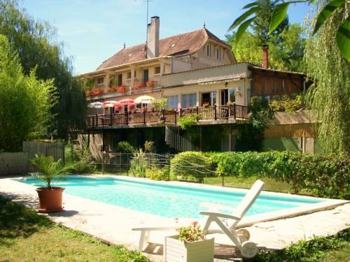 La Bonne Auberge : Bed and Breakfast near Frayssinet