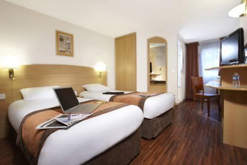 Kyriad Plaisir St Quentin en Yvelines : Hotel near Saint-Martin-des-Champs