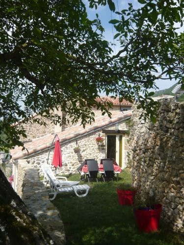 Gîtes de Prune : Guest accommodation near Alzon