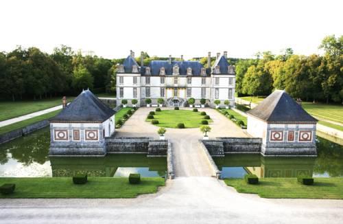 Château-Hôtel de Bourron : Hotel near Bourron-Marlotte