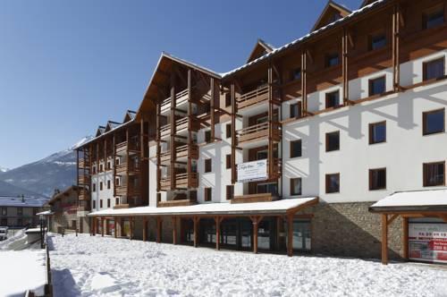 Résidence Néméa L'Aigle Bleu : Guest accommodation near Puy-Saint-Pierre