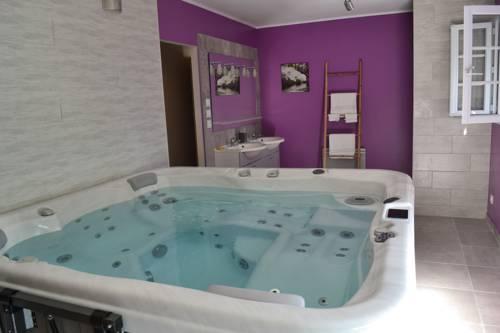 Gite Au Coeur Du Bien Etre : Guest accommodation near Veuves