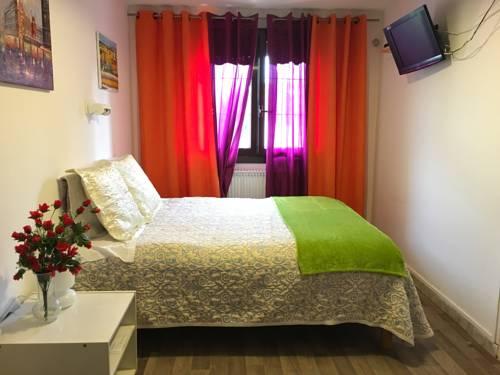 Hotel Paris Star : Hotel near Bourg-la-Reine