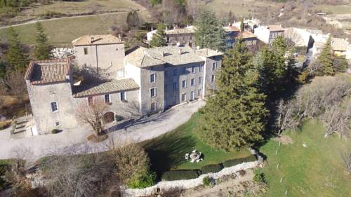 Chateau de Montfroc : Bed and Breakfast near Saint-Vincent-sur-Jabron