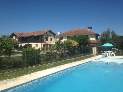 Aou Carde : Apartment near Aujan-Mournède