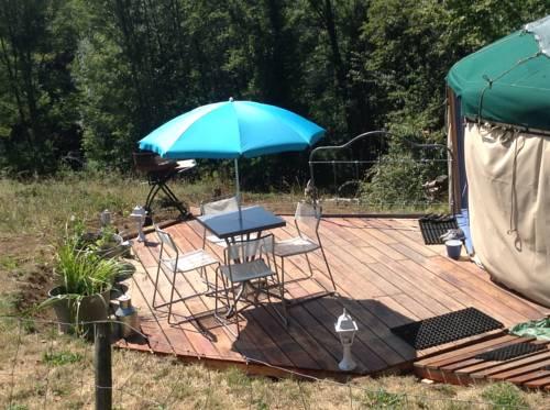 Yourte du Margouillat : Guest accommodation near Reignier-Esery