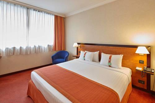 Holiday Inn Paris-Versailles-Bougival : Hotel near La Celle-Saint-Cloud