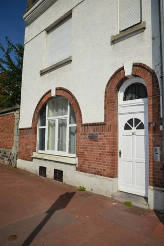 Apparthotel Douai Gare : Guest accommodation near Auberchicourt