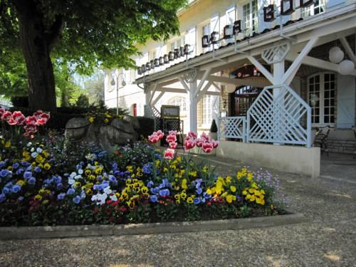 Hostellerie de la Bouriane : Hotel near Payrignac