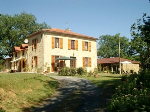 Espasot : Bed and Breakfast near Caillavet