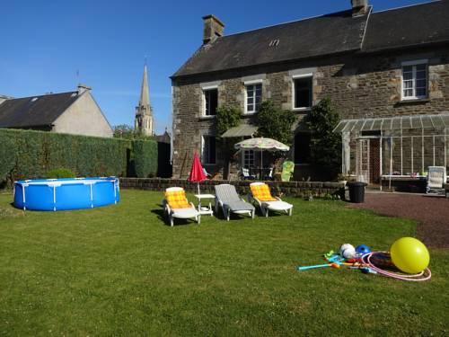 Rosalie Château : Bed and Breakfast near Tinchebray