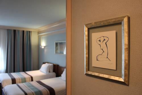 Hotel Art Deco Euralille : Hotel near La Madeleine