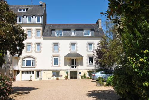 Logis Hermitage : Hotel near Louannec