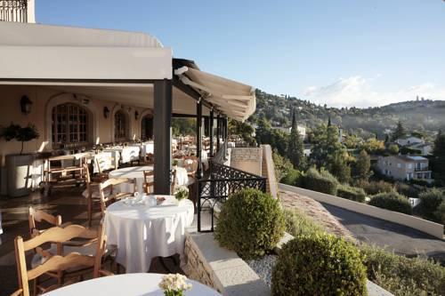 Hôtel & Restaurant Alain Llorca : Hotel near La Colle-sur-Loup