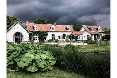 Le Pré Rainette, Chambres d'Hôtes de Charme : Bed and Breakfast near La Calotterie