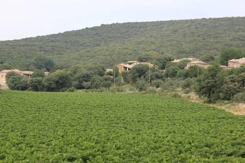 Gite de BEZUT : Guest accommodation near Euzet