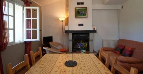 Les Gites du Domaine de Bertrandy : Guest accommodation near Allemagne-en-Provence