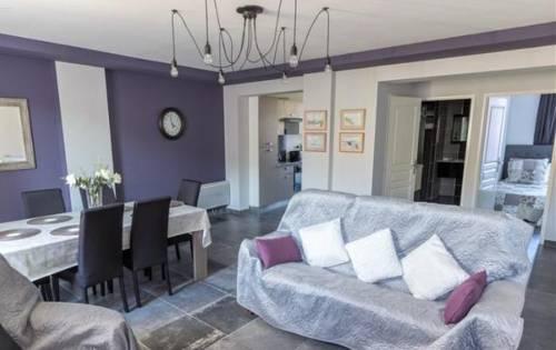 2 bedrooms appartment : Apartment near Baix