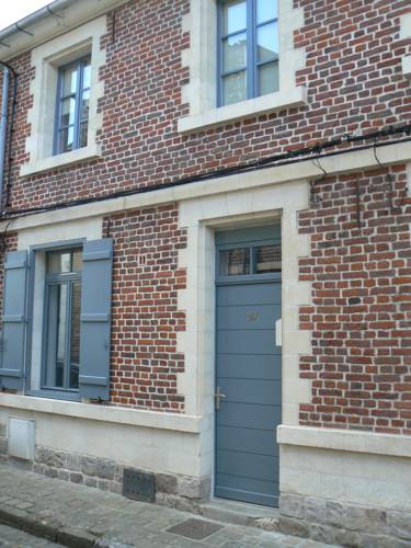 Maison hypercentre de Valenciennes : Apartment near Crespin