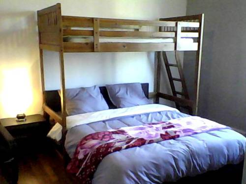 Chambres HABILIS : Guest accommodation near Paray-Vieille-Poste