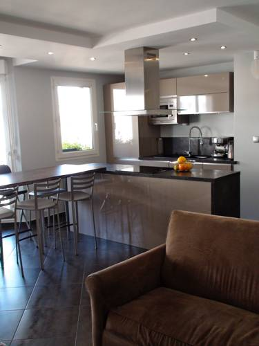 Appartement Bussy Disneyland : Apartment near Ferrières-en-Brie