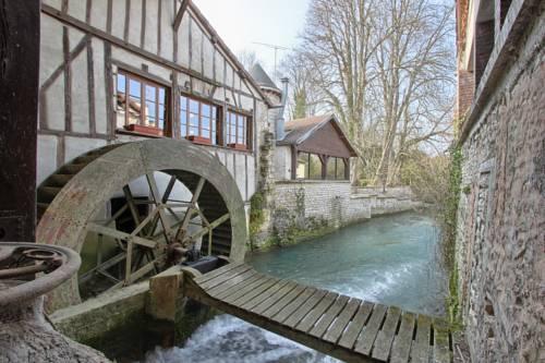 Le Moulin Du Landion Hôtel et Spa : Hotel near Bar-sur-Aube