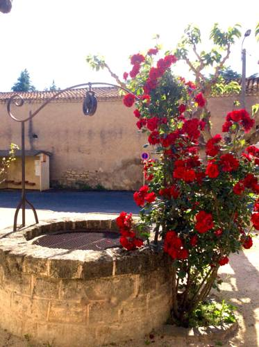 The Old Well Bed and Breakfast : Bed and Breakfast near Castelnau-de-Guers