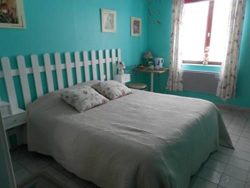 Chambres et Table d'Hôtes Les Trois Marquets : Bed and Breakfast near Senlecques