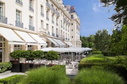 Waldorf Astoria Trianon Palace Versailles : Hotel near Rocquencourt