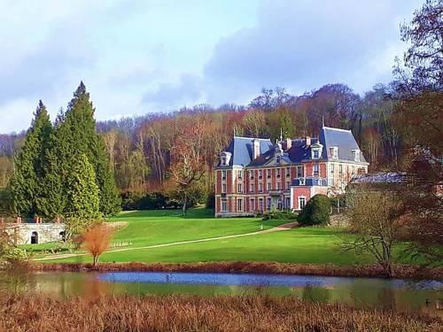 Château De La Bûcherie : Hotel near Aincourt