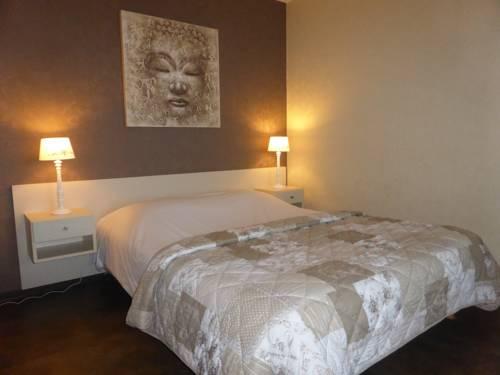 Hôtel L'Orayé : Hotel near Katzenthal