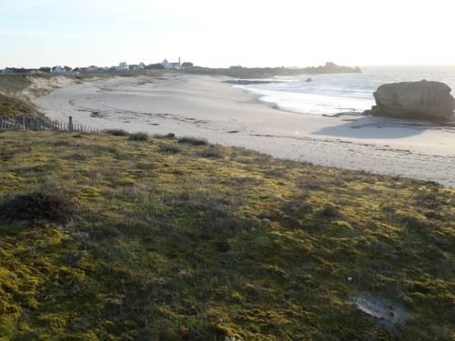 Maison plein pied en bord de mer : Guest accommodation near Treffiagat