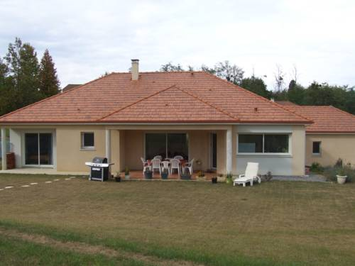 Chez Christiane Et Gerard : Bed and Breakfast near Bassercles