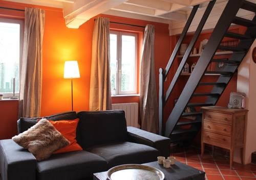 Maison de Charme - Campagne proche de Lille : Guest accommodation near Genech