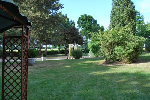 Le Prérond : Bed and Breakfast near Neuilly-en-Donjon
