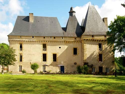 Le Grand Gite Du Chateau : Guest accommodation near Saint-Priest-les-Fougères