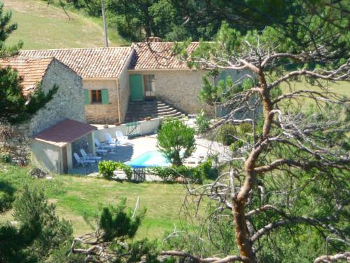 Maison De Vacances - Montfuron : Guest accommodation near Villemus
