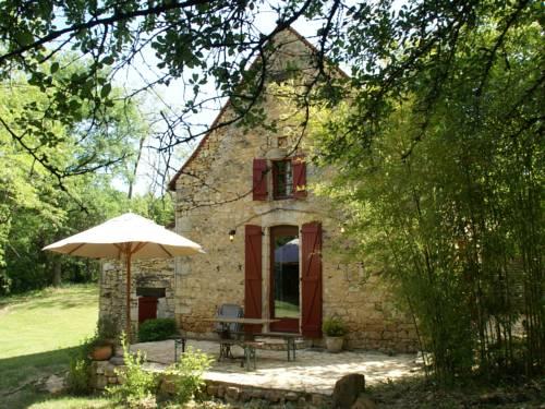 La Source : Guest accommodation near Payrignac