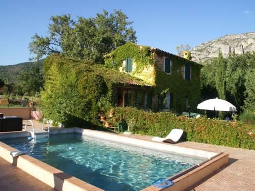 Maison De Vacances - Moustier-Ste-Marie : Guest accommodation near Mézel