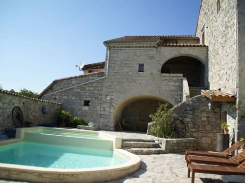 Maisonette Lanas : Guest accommodation near Saint-Maurice-d'Ardèche