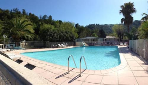 Camping Le Parc des Monges : Guest accommodation near Auribeau-sur-Siagne