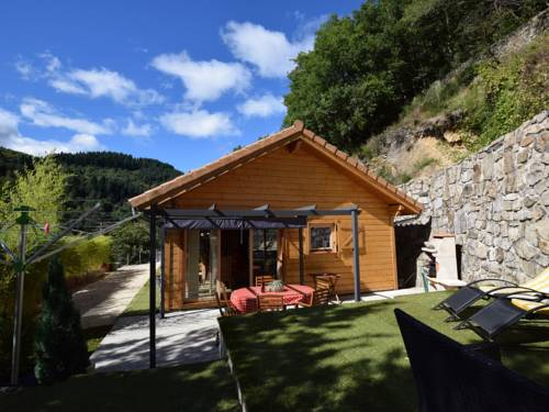 Le Cheylard : Guest accommodation near Saint-Jean-Roure