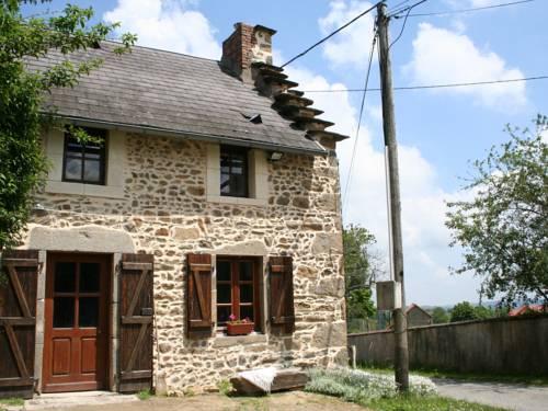 Entre Clermont Ferrand Et Montluçon : Guest accommodation near Moureuille