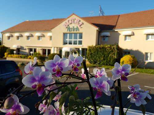 Hotel Altina : Hotel near Chaufour-lès-Bonnières